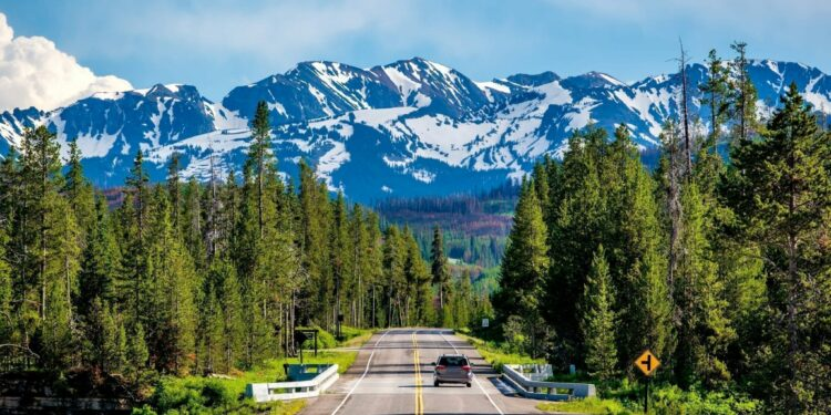 5 Summer Roadtrips to Take in 2021