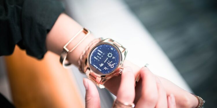 A Woman's Guide to Buying Luxury Watch